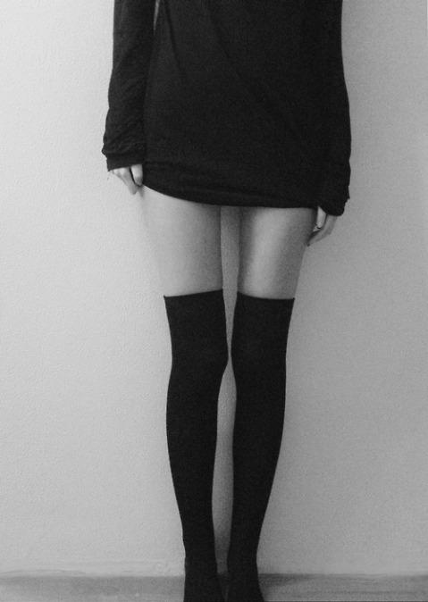 black-black-and-white-girl-grunge-Favim.com-1106317